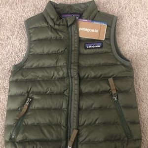 Brand New- Never worn boys Patagonia vest tags on